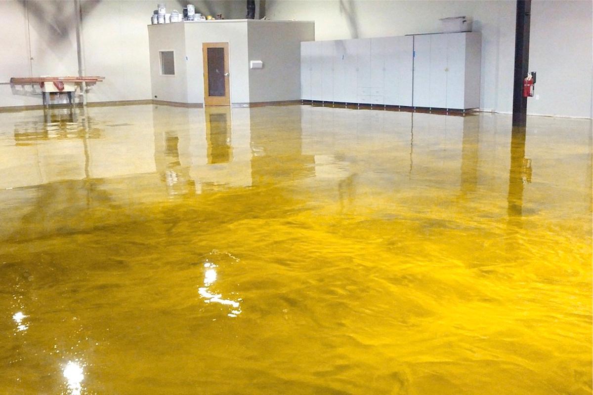 Yellow Gold Epoxy Floor Incl Primer