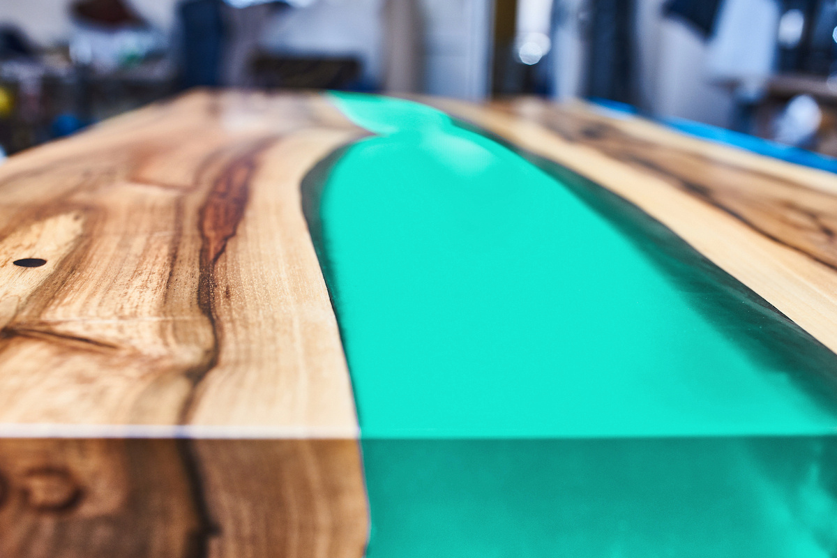 Meuble Avec Resine Epoxy semi-transparent turquoise - r�sine �poxy