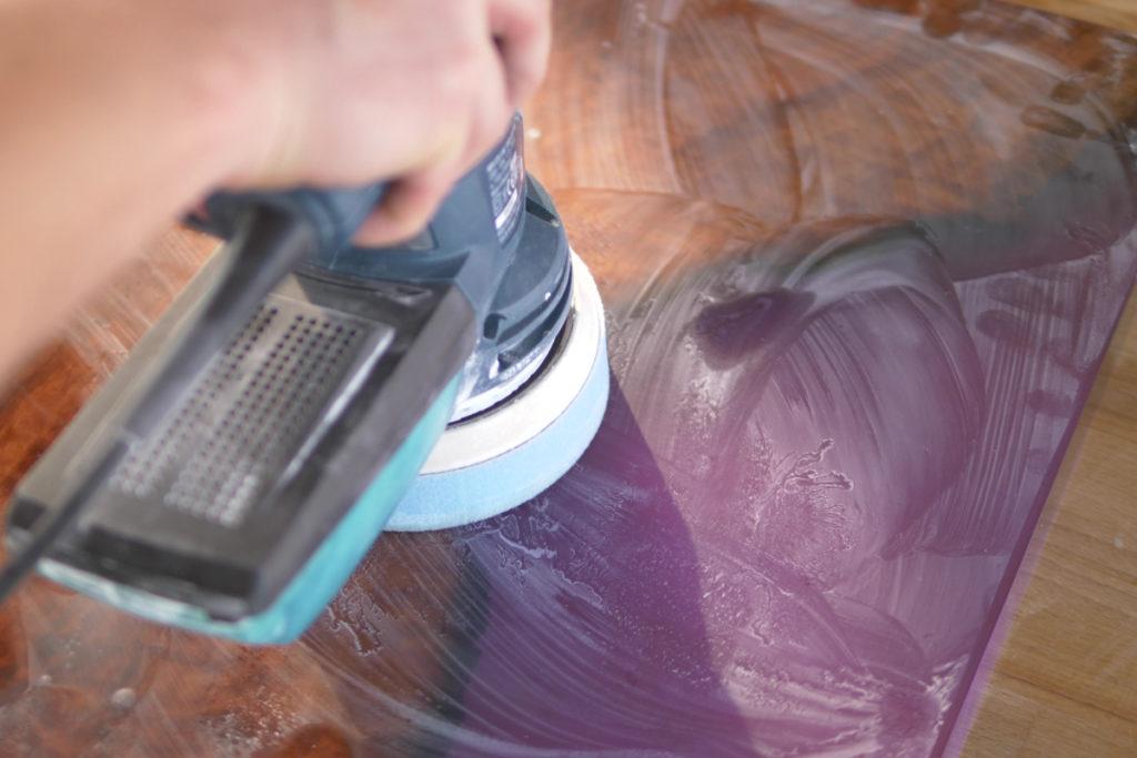 polierpaste epoxy tisch