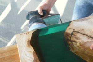 table bois resine