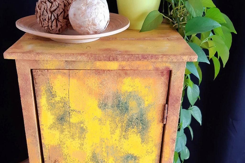 chalk paint moebel kommode ral1003
