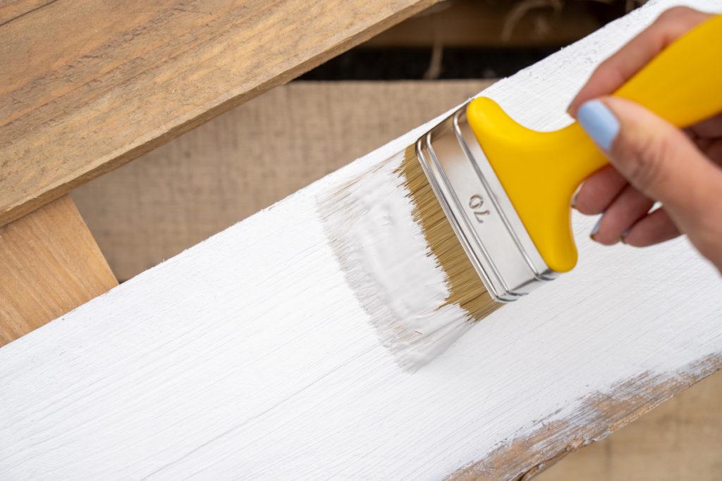 wetterschutzfarbe acryllack weiss