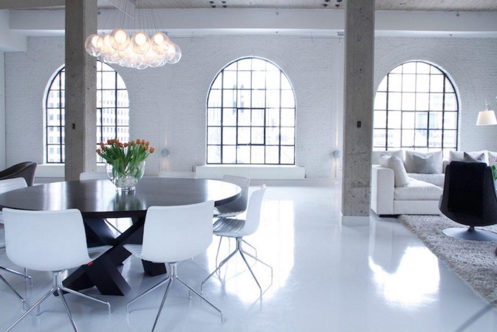 seamless floor made of epoxy resin pearlwhite