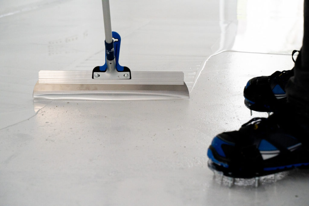 epoxy floor casting white
