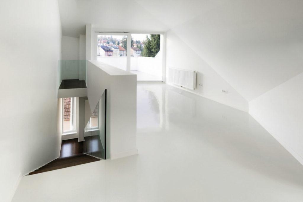 epoxy floor livingroom casting white