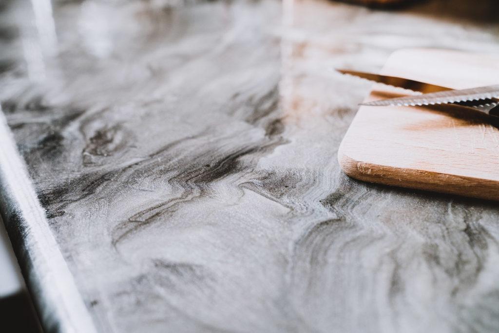 resine liquide epoxy gris