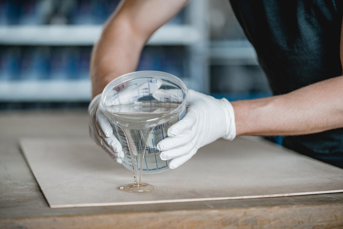 epoxy giethars transparante